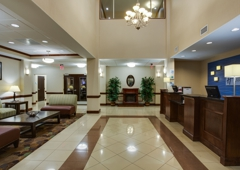 Holiday Inn Express & Suites Moultrie - Moultrie, GA