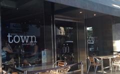Town Kitchen & Grill
