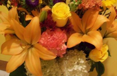 Essence Of Flowers Litchfield Mn