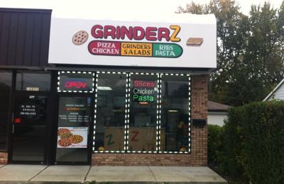 Grinders Pizzeria - Eastpointe, MI