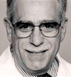 Robert J Mayer MD - Boston, MA