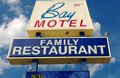 Bay Motel & Family Restaurant - Green Bay, WI