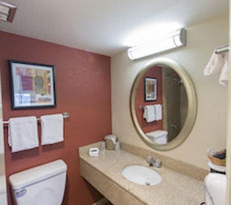 Red Roof Inn - Winchester, VA