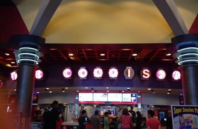 AMC Theaters - Norwalk, CA. Inside - The Commissary