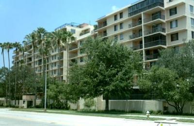 One Laurel Place Condominiu - Tampa, FL