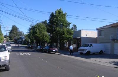 Market Laraza - San Mateo, CA
