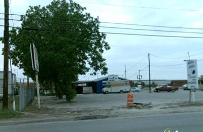 Lojax Lounge - San Antonio, TX