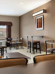Microtel Inn & Suites by Wyndham Kenedy