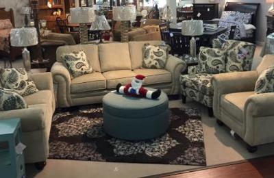 Jordans Furniture   Florence, SC