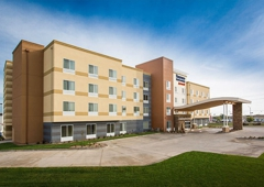Fairfield Inn & Suites - Hutchinson, KS