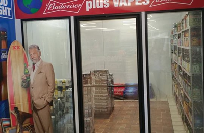 World Liquor & Tobacco + Vapors - Fort Dodge, IA
