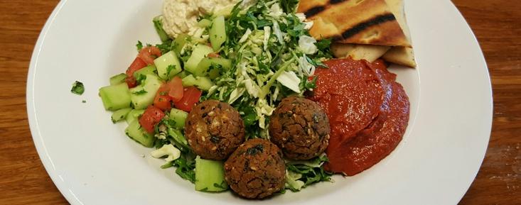 Mediterranean Supergreens Salad