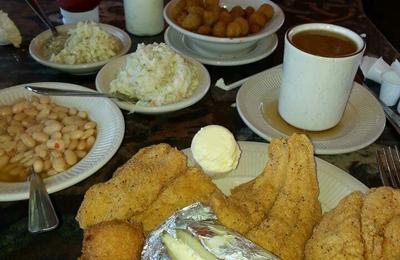 Catfish House - Springfield, TN