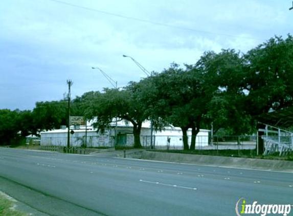 Braun Hall - San Antonio, TX