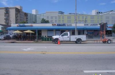 Em Nail Salon - Miami Beach, FL