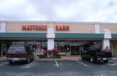 Baer's Furniture - Casselberry, FL
