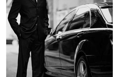 Ambassadors Limos - Denver, CO. Professional Chauffeurs  720-421-1100