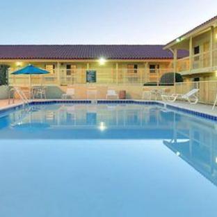 Motel 6 N Little Rock - Mccain - North Little Rock, AR