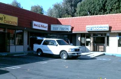 Tommy T's Body Piercing - Huntington Beach, CA