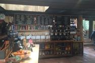 The market/cafe