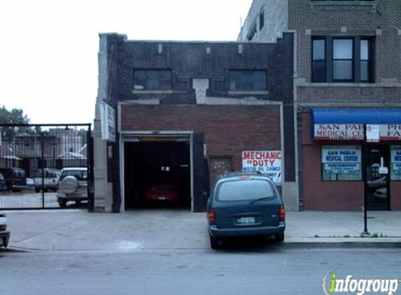 Division Auto Clinic - Chicago, IL