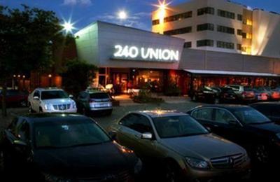 240 Union Restaurant - Lakewood, CO