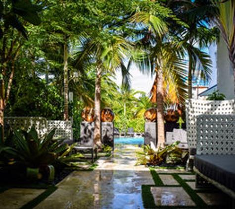 San Juan Hotel - Miami Beach, FL