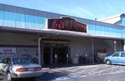 Fry's Electronics - Palo Alto, CA