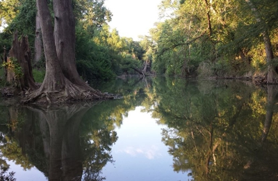 Alamo River RV Ranch and Campground - Von Ormy, TX