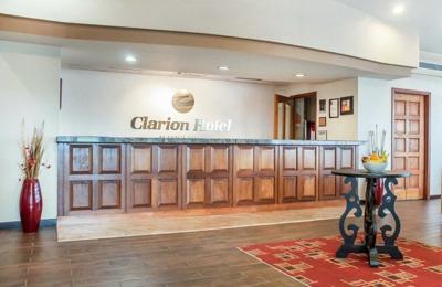 Clarion Hotel Buffalo Airport - Buffalo, NY