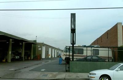 Larrys Automotive - Van Nuys, CA