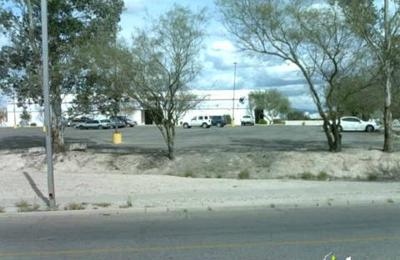 Santa Cruz Apartments - Tucson, AZ