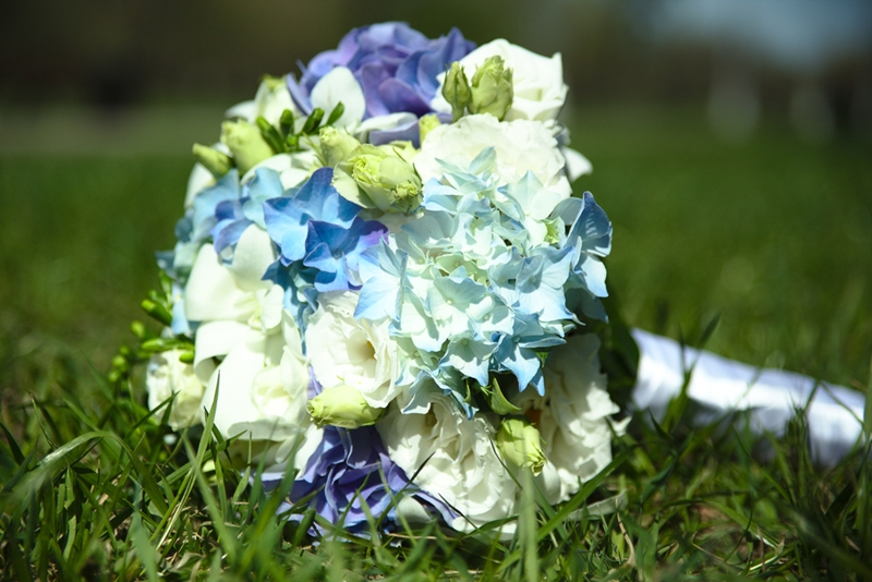 DIY wedding flowers are a great way to customize your big day.