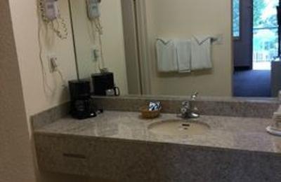 Belmont Inn & Suites - Hampton, VA