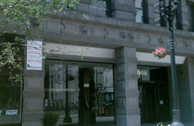 M Lynn Reichert Law Offices - Saint Louis, MO