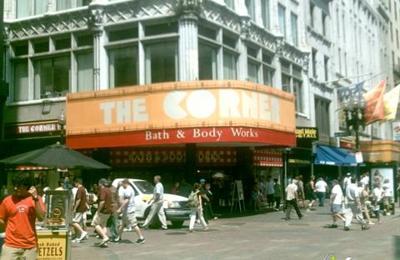 Bath & Body Works - Boston, MA