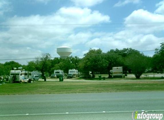 Country Air Mobile & Rv Park - San Antonio, TX