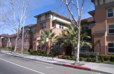 Broadmoor Plaza - San Leandro, CA