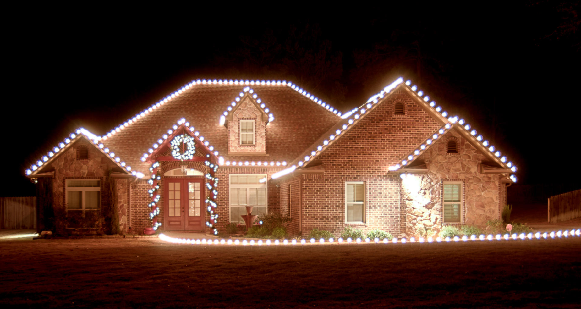 christmas light installation dallas fortworth burleson tx 76028 ypcom - Christmas Light Houses
