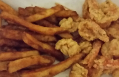 Y Not Stop - Alexandria, LA. This is my $12.00 fried shrimp! You need to care about your job and want to please your customer like you want to be pleased. Pitiful!!!!!