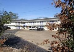 Motel 6 Lufkin Tx - Lufkin, TX