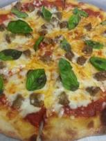 Meatballs pizza