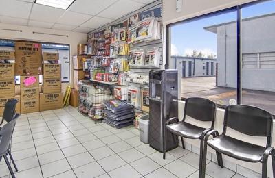 US Storage Centers   Hallandale Beach, FL