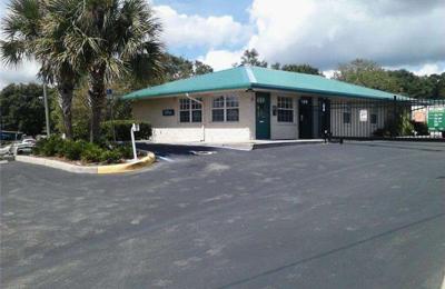 Extra Space Storage - Auburndale, FL