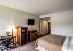 Quality Inn - Rogersville, TN