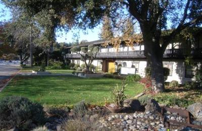 Smolowe, John, MD - Redwood City, CA