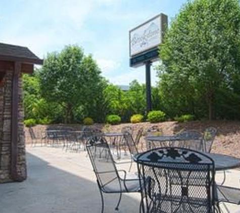 Brookstone Lodge - Asheville, NC