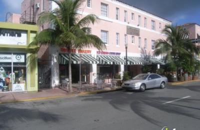 Pizza N Shake - Miami Beach, FL