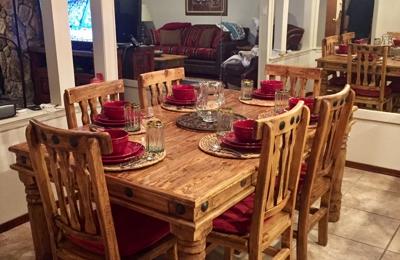 Daleu0027s Furniture   Ruidoso Downs, NM. Dining Room Table