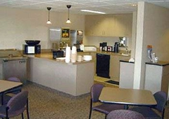 Airport Value Inn & Suites - Colorado Springs, CO